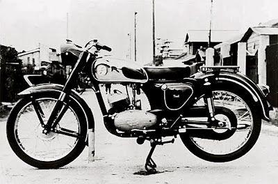 1956-Meihatsu-125-Deluxe
