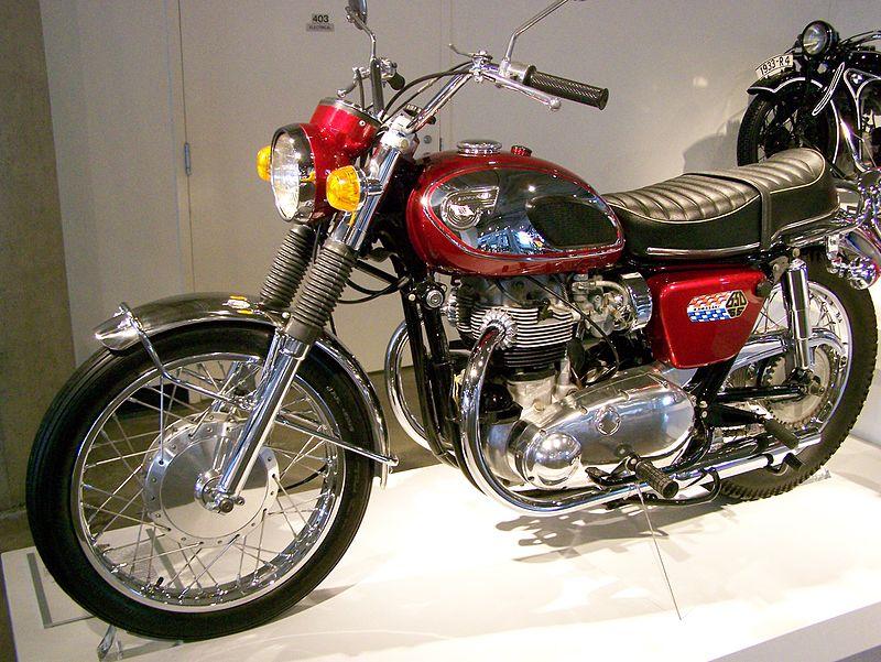 1967_Kawasaki_W1SS